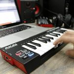 Akai Professional LPK25 Wireless | 25 Mini-Key Bluetooth MIDI Keyboard for iOS, PC, Mac with Sustain Pedal Input 1