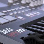 Akai Professional MPK25 25-Key USB MIDI Keyboard Controller with MPC Pads 3